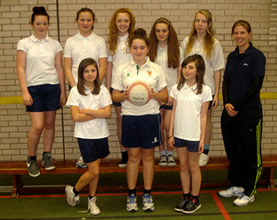 Year-8-Netball-Match-report-Chesterton-1